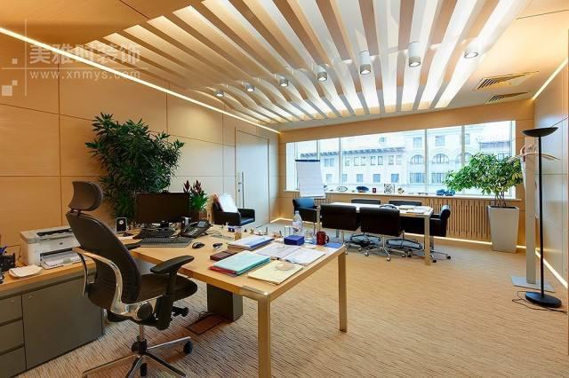 办公室内部空调装修