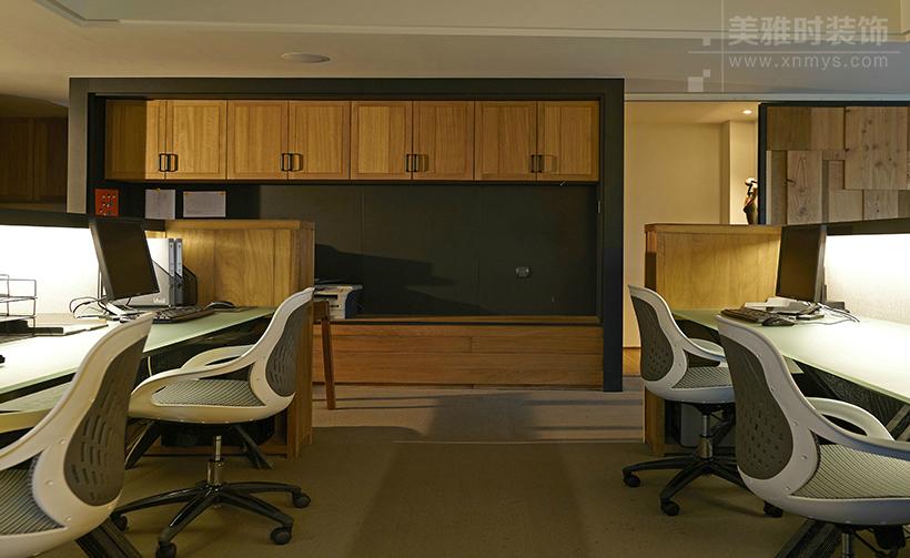 成都科学城300平中高端办公室装修设计