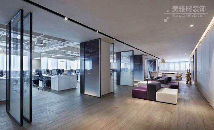 一个简单又显得精致的办公室装修设计